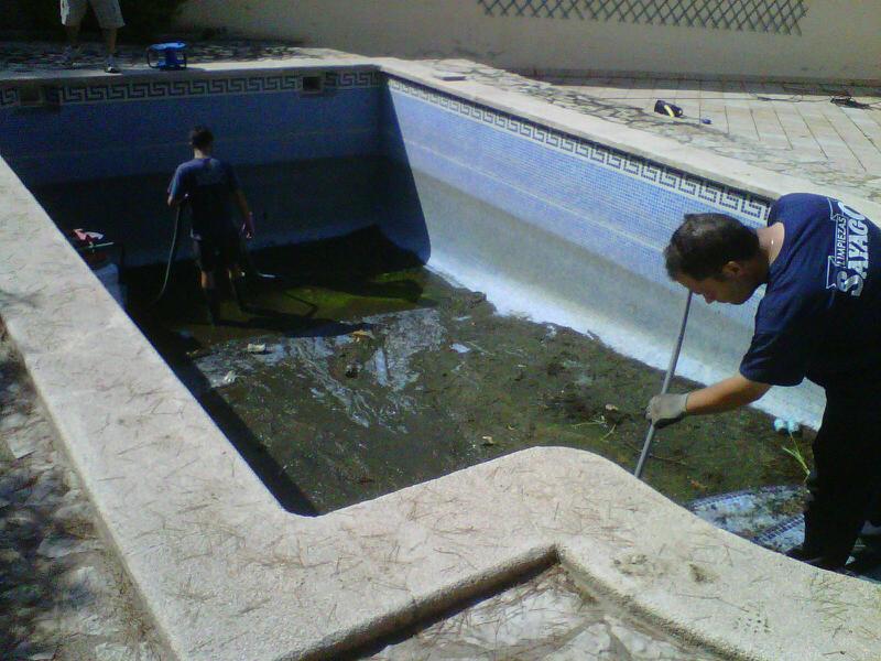 limpieza de piscinas en palma de mallorca