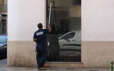 LIMPIEZA DE CRISTALES